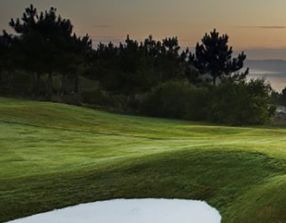 <p>Bom Sucesso Golf Course was designed by Donald Steel, offers an 18 holes Championship course in beautiful surroundings on the banks of the Óbidos Lagoon and close to the ocean.</p>