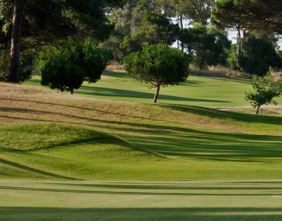 <p>Estoril Golf Course is 30 minutes away from Lisbon and closes to Estoril beach and casino, hotels. The Estoril Championship Course started in 1929 and redesigned in 1936 by Mackenzie Ross. It is known as one of the oldest traditional clubs in Portugal. Great golf course for anyone that doesnt hit the balltoo far.</p>