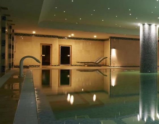 <p>Enjoy an indulgent 5 star resort spa circuit and have a memorable moment of pampering!  </p>